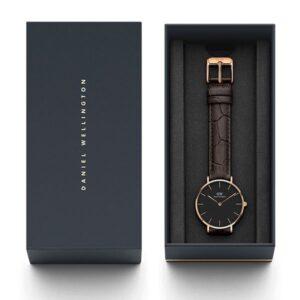 Đồng hồ DW nữ Classic Petite York Black Rose Gold